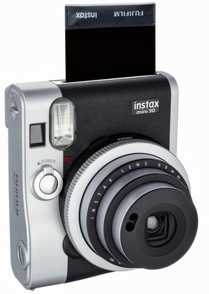 instax mini 90 NEO CLASSIC KiT inkl. 1 st 2-pack film