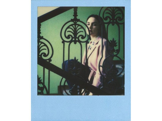 POLAROID ORIGINALS COLOR FILM 600 COLOR FRAME